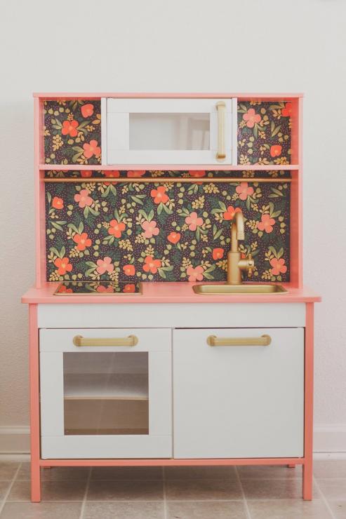 Vintage Play Kitchen (Ikea Hack) | via Anchors & Honey