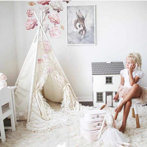 Little Girls' Lace Teepee | Interior Design Trend - Little Residents